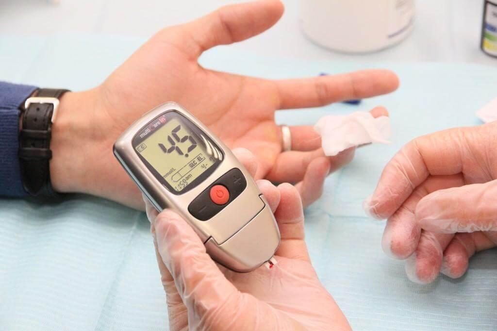 Как выбрать тест-полоску для глюкометра